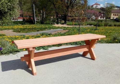 Selské zahradní lavičky